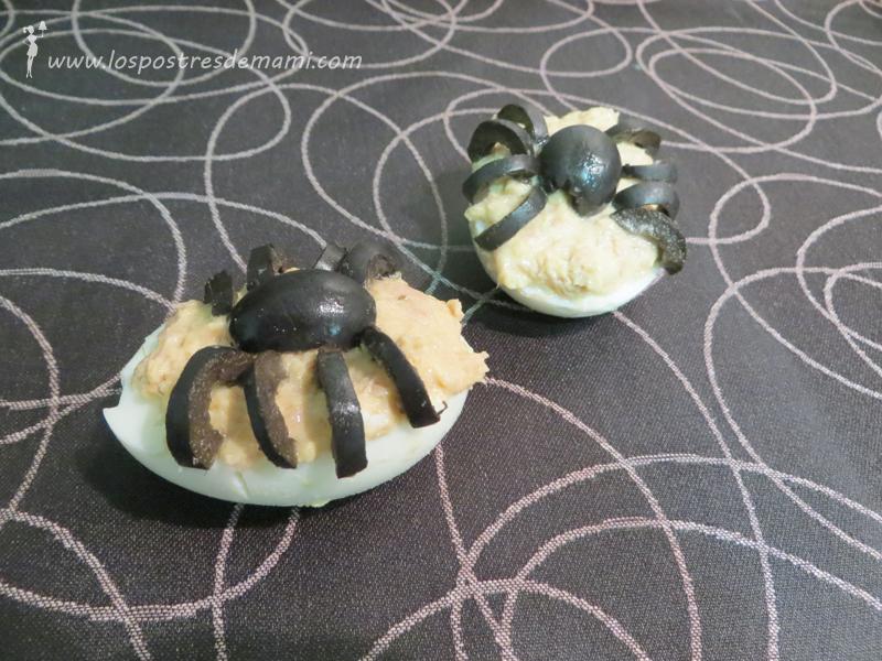 Receta Haloween huevos con aranas